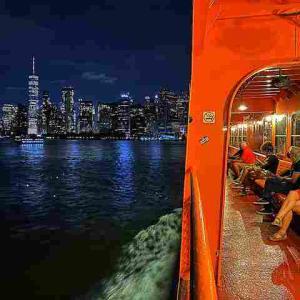 ニューヨーク無料フェリーでクルーズ気分!マンハッタンの摩天楼と自由の女神の絶景が楽しめるスタテンアイランド行きフェリー