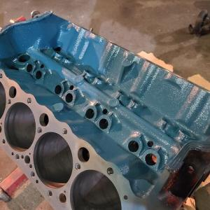 シボレースモールブロック GM350SBC 日産エンジンブルーで塗る