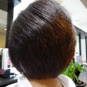 クセ毛のカットは簡単ではない、、、、、でも(^_^)