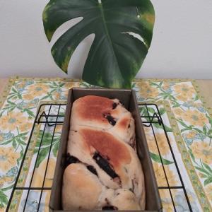 チョコレート味の折込シートパン♡(=^・・^=)♪