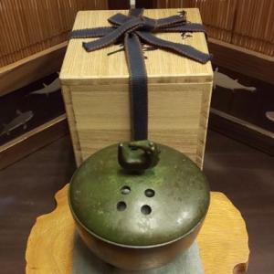 青銅の香炉