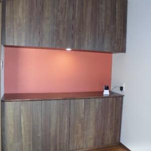 飾り棚兼用の玄関収納を作り付けで