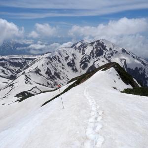 歴史ある憧れの雪渓ルート!残雪期に挑む試練の『剱岳』!