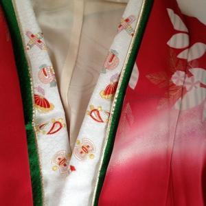 ママ振袖・刺繍衿と伊達衿を合わせました~コンサートのお誘い