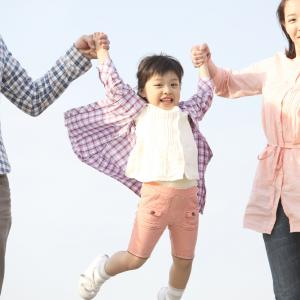 ①不登校・ひきこもり・発達障害の子どもの心は病気?それとも、子どもの成長過程の一時的な症状か?