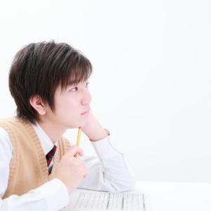 大人は考えながら話し、子どもは話しながら考える。不登校の子どもは理屈ではなく感情で動く?