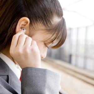 不登校・登校拒否の子どもが休み明け、極度にイライラしたり、母親への暴言がひどくなるのはなぜか?