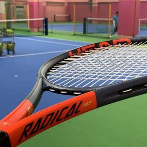 テニスコート上の、動かぬオジンガーZ