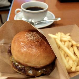 Bearnik Cafe + 音叉堂喫茶室