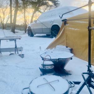 とある日の雪中キャンプ