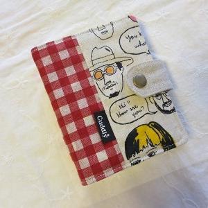 フェイス柄のカードケースです~(^o^)
