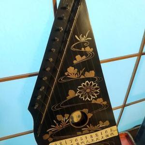 陽琴という楽器