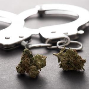 伊勢谷友介・大麻で逮捕・・・未満警察見てたから、まさかのびっくり!?色々影響が出そうだね。