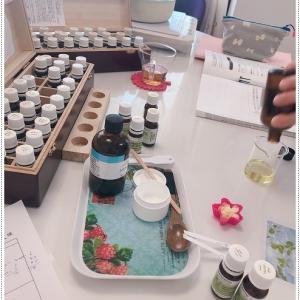 化粧水とヘアワックス作り!リクエスト講座・シンプルイズベスト・オレガノカプセル、ローズヒップカプ