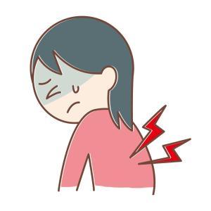 帰宅後、背中が急に痛くなって動けなくなり、台風が来てるから気圧の影響かな?と思い、様子見
