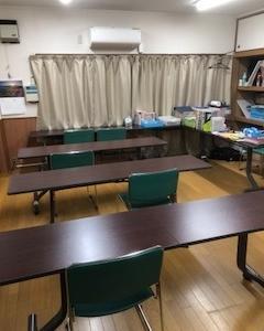 教室でのひとこま~連休中の教室です