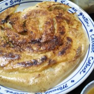 パリパリ羽根つき餃子