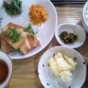 沖縄料理大好き。