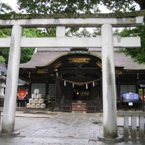雨のドライブで武田神社へ行きました②