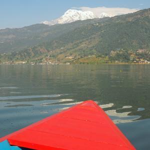 ネパール・ポカラ記事公開とペワ湖の紹介