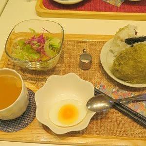 坐禅会後は、朝食店にて近況報告会と「平泉寺」探訪。