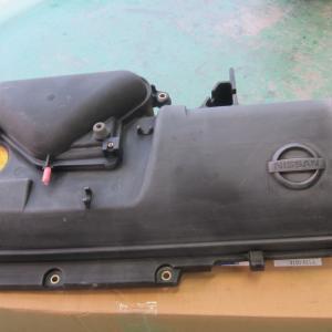 日産マーチ K12 ヘッドカバー塗装