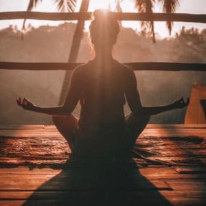 引き寄せで瞑想とヨガの重要さを知る