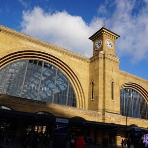 ハリーポッター映画ロケ地キングスクロス駅とセントパンクラス駅とプラットフォーム九と四分の三番線 inロンドン