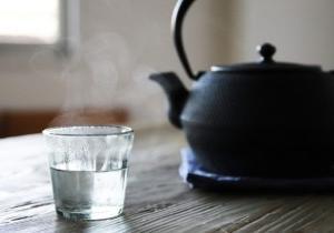 お湯を飲みましょう