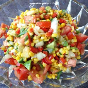 真夏に冷たいトウモロコシサラダ