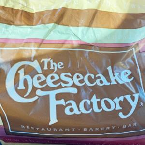 The Cheesecake Factoryでテイクアウト