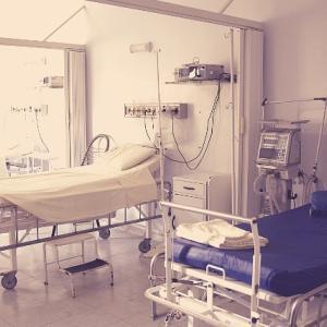 入院中の便利グッズ。女性も男性も小物入れと保湿グッズは必須です!