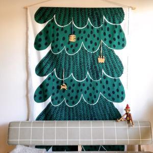 ぬくもりの北欧スタイルと、クリスマスツリータペストリー