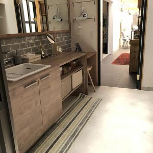春ドラマ×「RoomClip」「SEMPRE」コラボ!洗面所・床材・家具まで、家づくりの参考になるアイデア♪