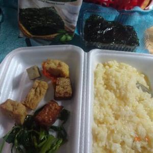 うれしいComChayベトナム精進料理を数週間ぶりにゲット