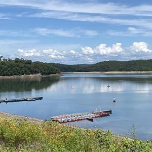 中部地方のバス釣りフィールド「入鹿池」 | おすすめのタックルとポイント紹介