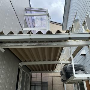 DIY素人が中古一戸建てをそこそこリフォーム25 雨樋にペンキ塗装