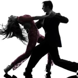 愛のワルツを(Dance with Me)。