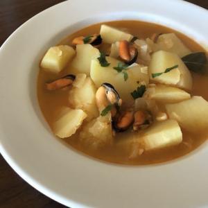 ムール貝とジャガイモの具沢山スープ