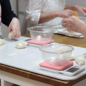 7/3 レッスンレポ(^^) 冷やしクリームパン&チョコチップロール。