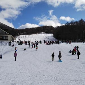 新年初滑りは湯ノ丸・・・・薪スト50