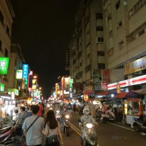 台湾 高雄にて夜市巡り