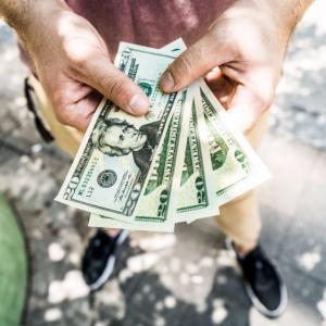 お金を貰ったときの感情は、とても大切。