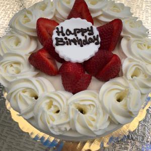 私たちの誕生日でした〜!