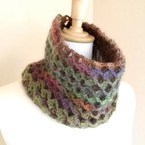 立体でリバーシブルな編み地の帽子・・・その名は!