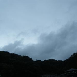 雨のち・・・・やっぱり雨