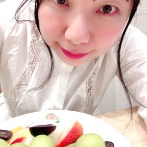 果実園 新宿 シャインマスカット等 フルーツ食べ放題