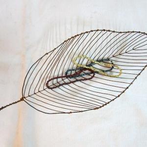 葉形ワイヤー皿