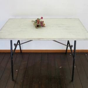 折りたたみ式リメイクテーブル