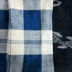 チェック柄藍染絣古布